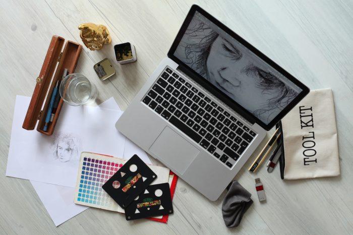 Les outils professionnels en ligne dont vous aurez besoin pour lancer un site Web rentable