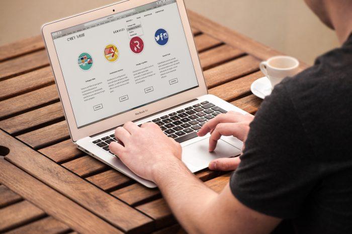 Les outils essentiels pour vous aider à lancer une entreprise en ligne